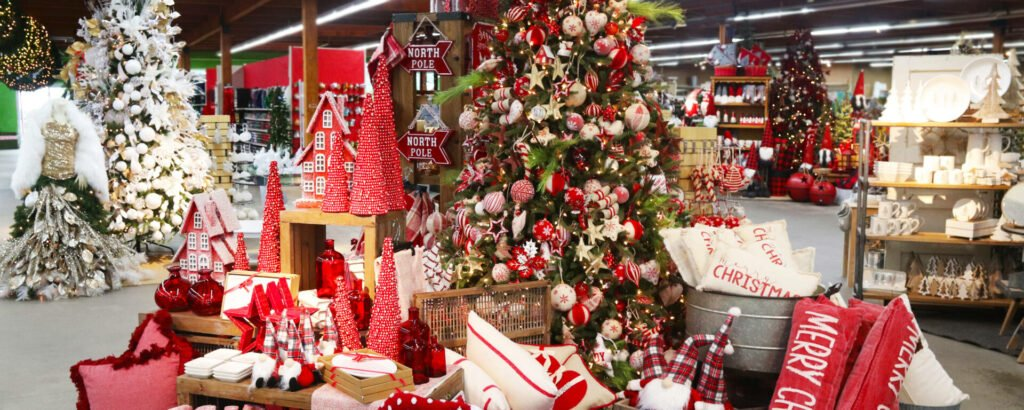 Beautiful and festive Christmas displays at Flowerland